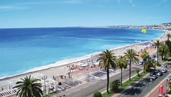 Baie des anges sur la Côte d'Azur à Nice