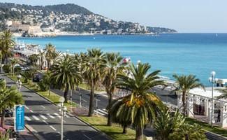 Vue sur la Baie des Anges de l'hôte Le Royal *** à Nice