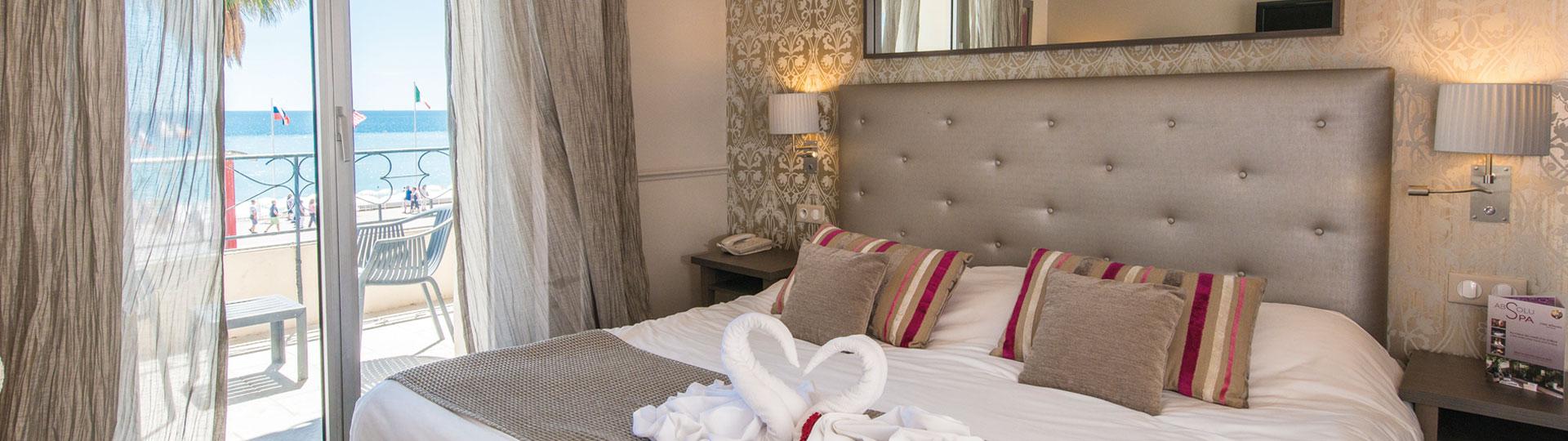 Chambre Twin & Double Vue Mer de l'hôtel Le Royal*** à Nice sur La Côte d'Azur