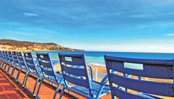 Promenade des Anglais à Nice à découvrir avec le service excursion de l'hôtel Le Royal