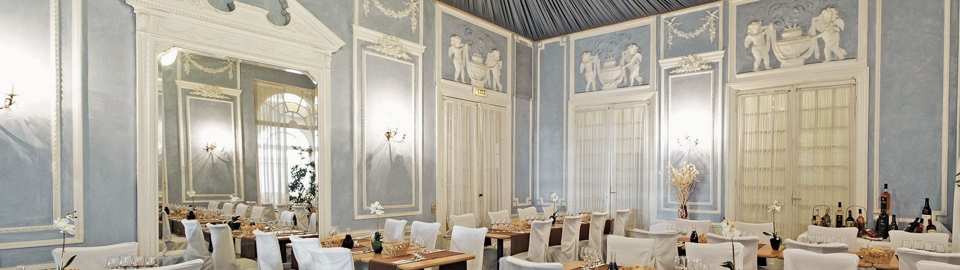 Le Royal Restaurant