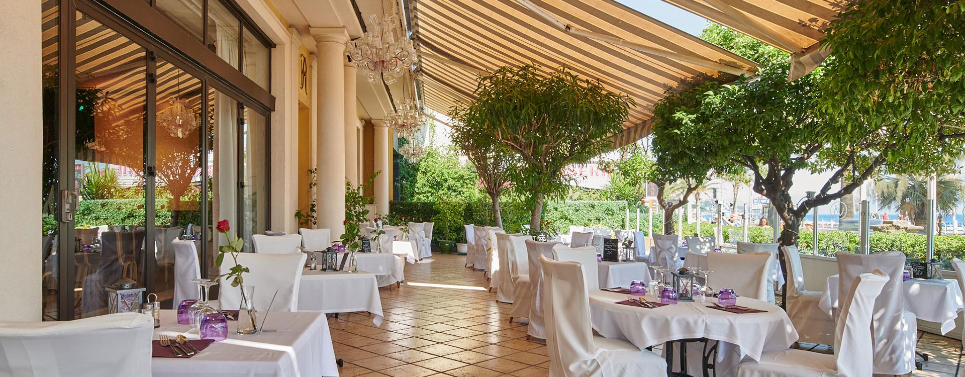réception hotel le royal nice